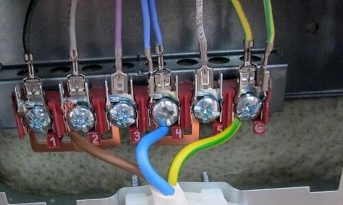 klemmnik-podkljuchenija-jelektroplity