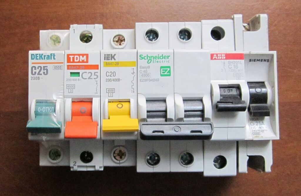 как выбрать автоматический выключатель