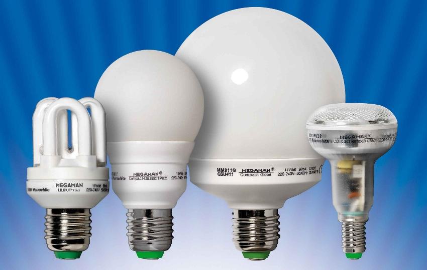 почему моргает энергосберегающая и светодиодная лампочки