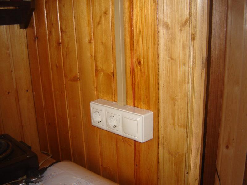 Электропроводка открытая в кабель-канале